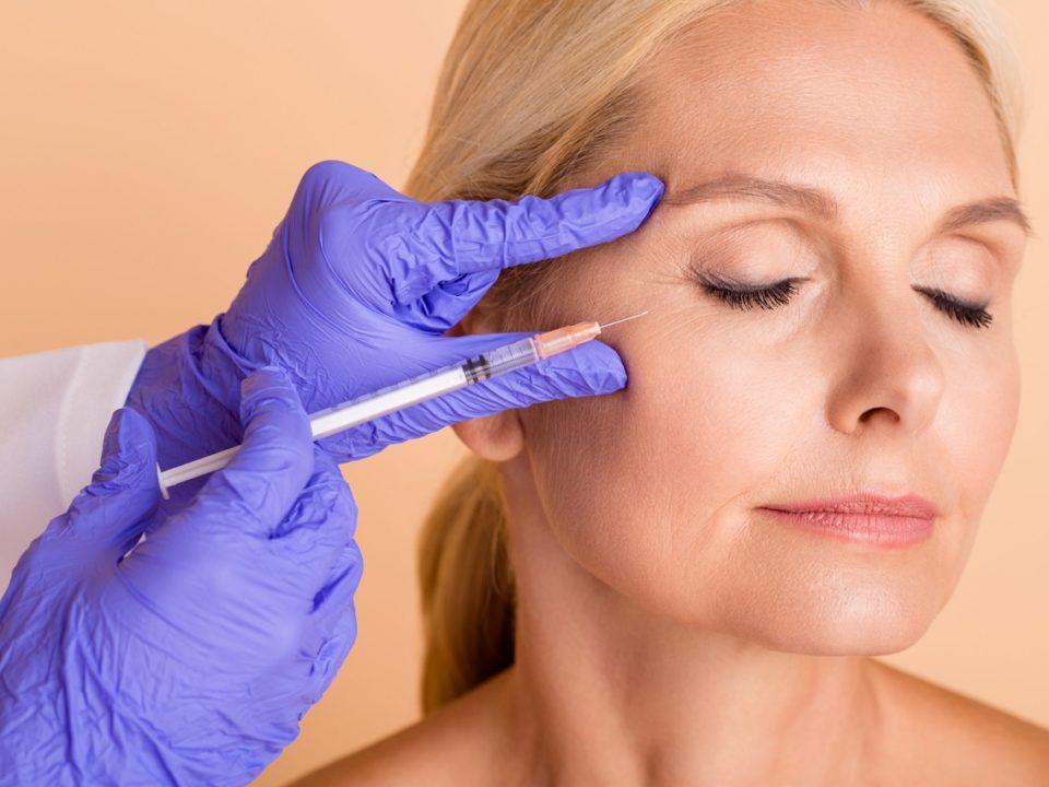 Botoks czy kwas hialuronowy do usuwania zmarszczek